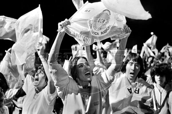 19831026_Cr25_RA_CierreCamp_Radical