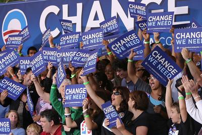 Obama Change ManchesterNH 8.13.08 PRE