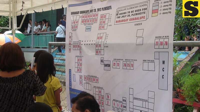 CEBU. A graph showing the clustered precincts readied for the plebiscite at Guadalupe Elementary School. Residents of Barangay Guadalupe voted yes or no to proposed split of Guadalupe by creating Banawa-Englis as a separate barangay. (Laureen Mondonedo/Sunnex)