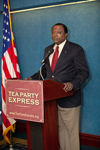 Alan Keyes was one of more than a dozen African American conservatives gathered in Washington DC on August 4, 2010 to help the Tea Party Express fight back against accusations of racism.  Keyes is a conservative political activist, author and a former diplomat in the Reagan Administration. (Photo by Jeff Malet)