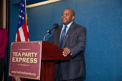 Niger Innis joined more than a dozen African American conservatives gathered in Washington DC on August 4, 2010 to help the Tea Party Express fight back against accusations of racism. Niger Innis is the National Spokesman Congress of Racial Equality and Co-Chairman Affordable Power Alliance. Niger's father Roy Innis has been National Director of CORE since 1968. (Photo by Jeff Malet)