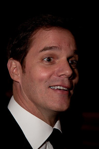 Bill Hemmer  is currently a co-host of America's Newsroom on the Fox News Channel.
