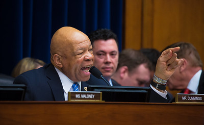 Elijah Cummings , Flint Michigan Water Crisis