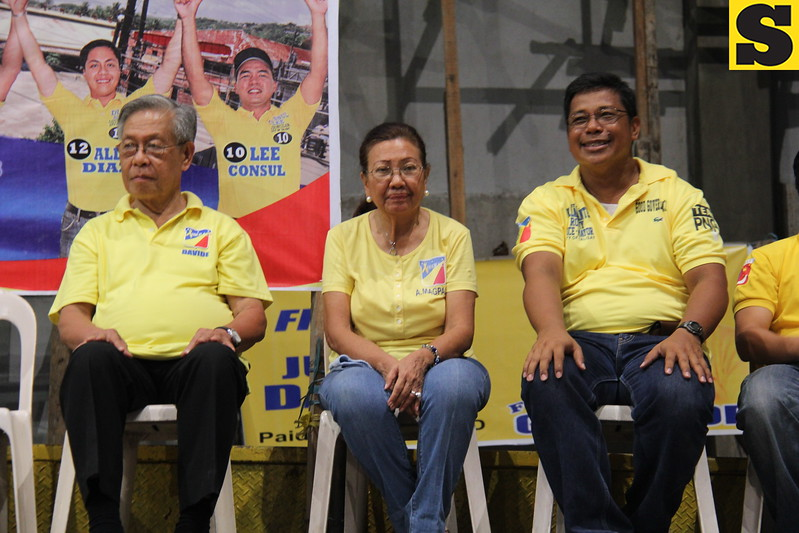 CEBU CITY. Former Chief Justice Hilario Davide Jr., Cebu Acting Governor Agnes Magpale, and Romeo Villarante.