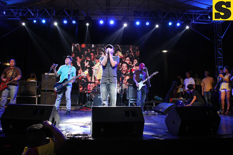 One of the country's most popular band Parokya ni Edgar entertains the Cebuanos during the 2013 Rock the Vote concert at Fuente-Osmena Circle, Cebu City on May 9. (Photo by Jonathan Vincent C. Tan)