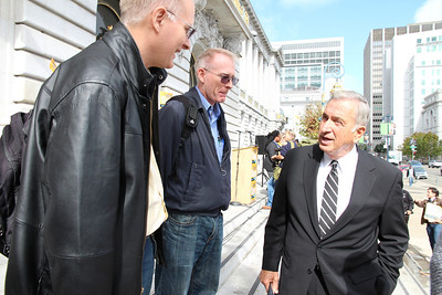 The twins, Michael and John Nulty speaks with Mayor Art Agnos.
