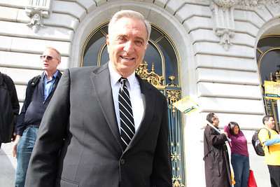 Former San Francisco Mayor Art Agnos.