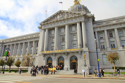 The rally begins to gather on the front steps of San Francisco City Hall.