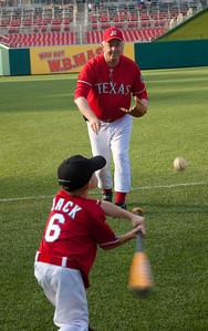 GOP Coach Joe Barton  (R-TX-6) plays with son Jack