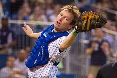 Catcher Sen. Christopher Murphy (D-CN) catches a pop foul.