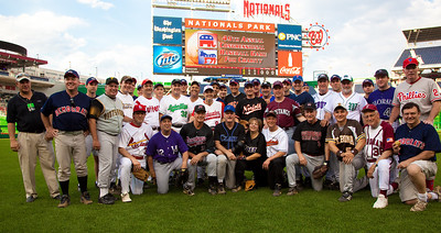 Group photo of the Congressional Democrat's baseball squad.