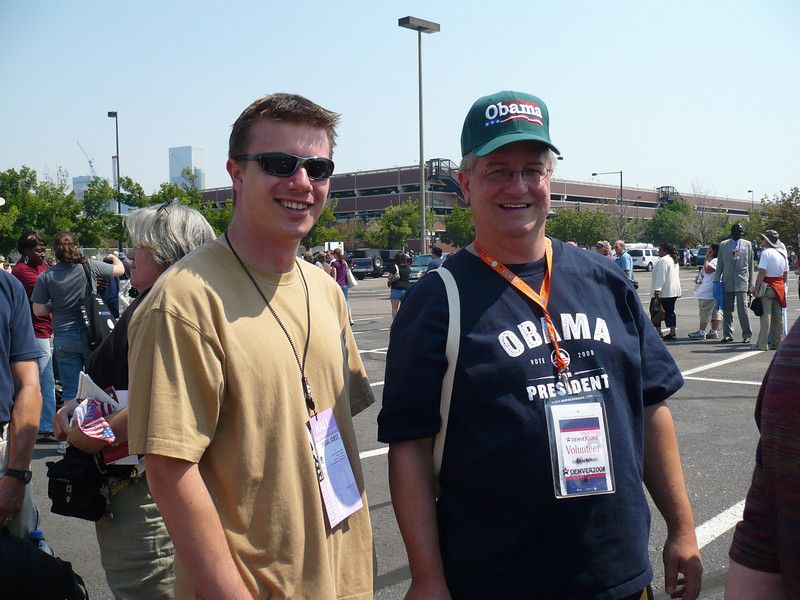 Nick Harris  & Glenn - at the back of the line to get in - about 2 miles from Invesco