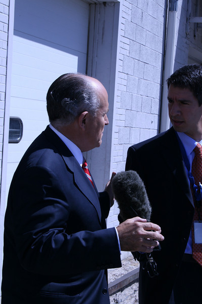 "Former New York Mayor Rudolph Giuliani grants an interview to a reporter at a Republican ""counter-convention"" event in Denver during the Democratic National Convention on Wednesday, August 27, 2008. (Anne-Marie Taylor)"