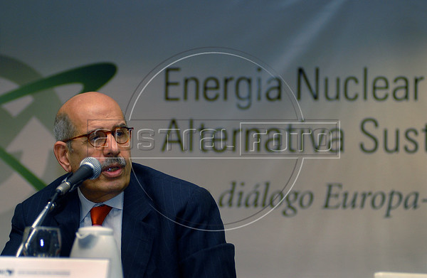 """Egyptian Mohamed El-Baradei, Director of the International Atomic Energy Agency (IAEA) speaks during the """"'Nuclear Energy, a Sustainable Alternative Seminar?"""" at the Rio de Janeiro Industries Federation (FIRJAN), Rio de Janeiro, Brazil, Dec. 7, 2007.  El-Baradei made a three-day visit to Brazil. (AUSTRAL FOTO/RENZO GOSTOLI)"""