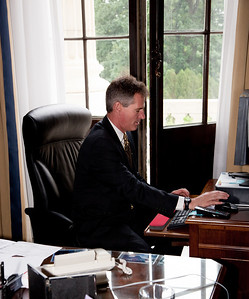 Senator Scott Brown (R-MA) is hard at work on his PC at his office on Capitol Hill in Washington DC. on May 13, 2010. (Photo by Jeff Malet)