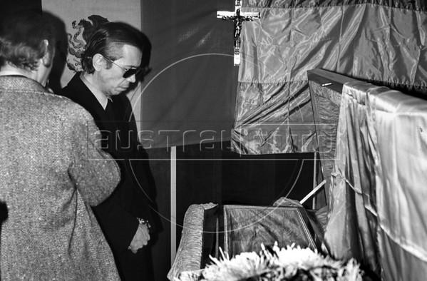 Velorio del ex presidente Hector J. Campora, Mexico D.F. Mexico, Diciembre 20, 1980. (Austral Foto/Renzo Gostoli)