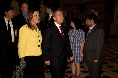 His Excellency Felipe Calderón Hinojosa, President of Mexico and First Lady Mrs. Margarita Zavala make their way through the US Capitol Rotunda following his speech before a joint session of Congress in Washington DC. on May 20, 2010. Calderon, the first foreign national leader to address Congress this year, said he strongly disagrees with the Arizona law that requires police to question people about their immigration status if there's reason to suspect they are in the country illegally. (Photo by Jeff Malet)