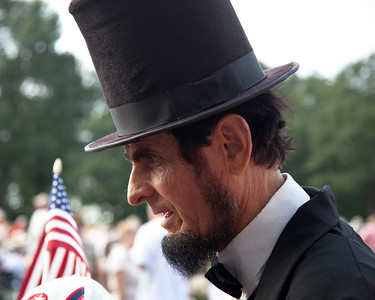 Gerald Bestrom as Abraham Lincoln
