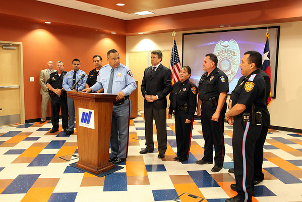 Governor Perry Meets with Border Police Chiefs