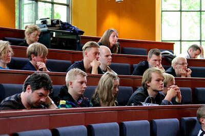 Grundlovsmøde 2012 Der blev lyttet interesseret ved grundlovsmødet på Landbohøjskolen