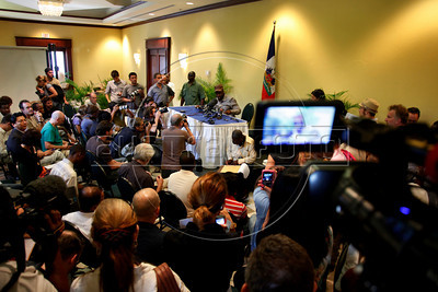 Wyclef Jean spaks at a press confercence after the presidential elections in Port au Prince, Haiti.(Australfoto/Douglas Engle)