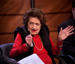 Veteran White House correspondent Helen Thomas makes an appearance with Congressional Quarterly columnist Craig Crawford at the Newseum in Washington DC on Nov. 1, 2009 to discuss their new  ...