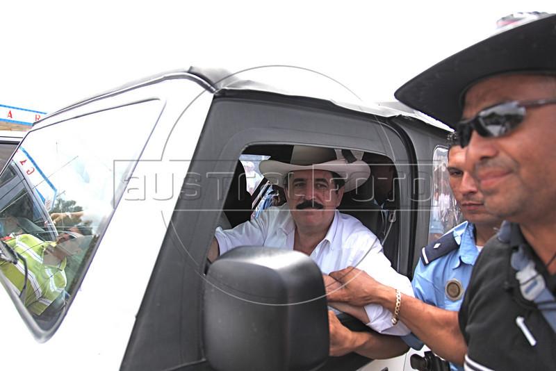 Ousted Honduran President Manuel Zelaya drives his jeep in Ocotal, Nicaragua, 23 Km (14 miles) from the Honduras border, Sunday, July 26, 2009. (Australfoto Nicolas Garcia)