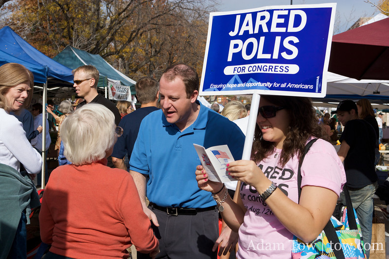Speaking with a supporter at the Farmer's Market in Boulder, Colorado.