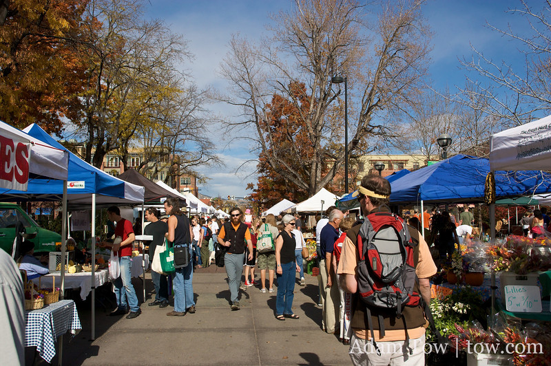 The final Farmer's Market of the year in Boulder.