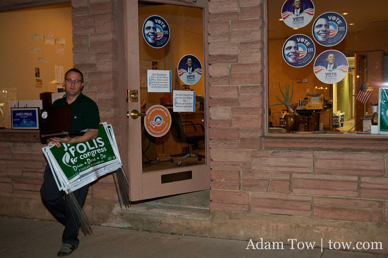 Final night to put up lawn signs.