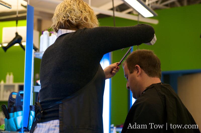 Jared gets a haircut at Fix.