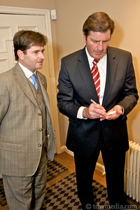 Lt- Governor of California John Garamendi for Congress 10-16-09 39