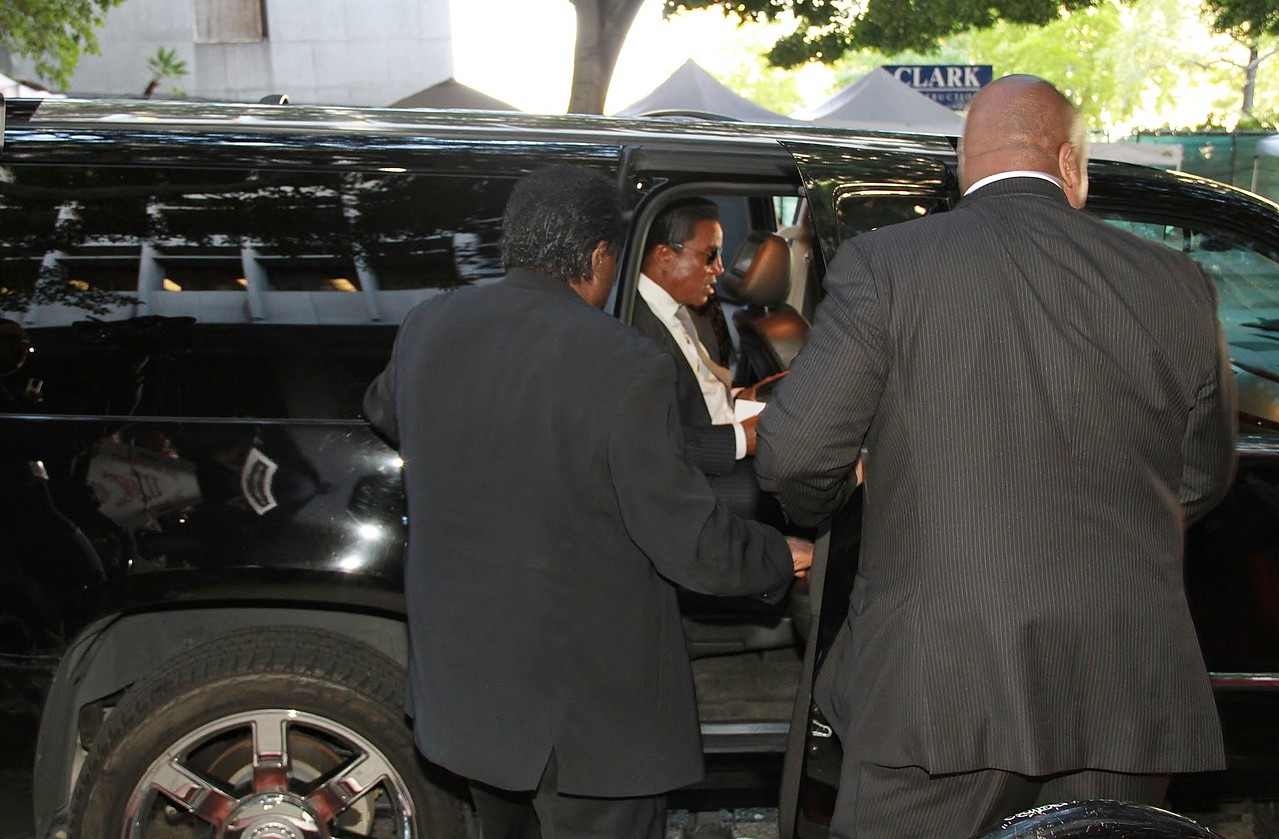 Jermaine Jackson as he leaves a long day at the Los Angeles Courthouse.
