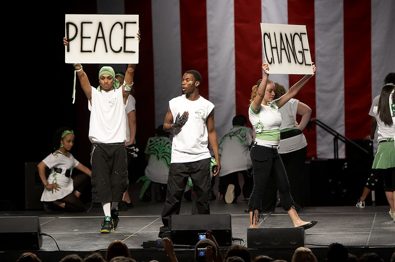 The dance group ESSENCE performs during the start of the Obama fundraiser rally at the Agannis Arena in Boston, Mass., Friday, April 20, 2007.