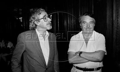 Nestor Vicente, Osvaldo Bayer
