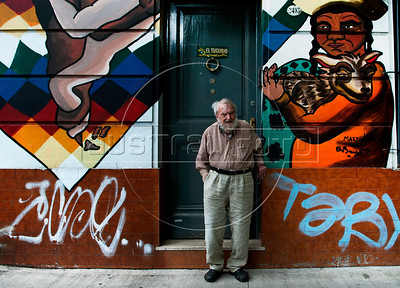 "Argentinian writer, historian and Human Rights activist  Osvaldo Bayer, author of ""The Rebellious Patagonia"" (""La Patagonia rebelde""), (the avengers of the tragic Patagonia), at home, Buenos Aires, Argentina, January 25, 2017. (Austral Foto/Renzo Gostoli)"
