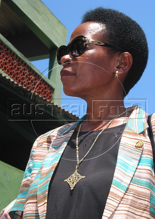 Executive Director of the United Nations Human Settlements Programme Anna Tibaijuka, right, visits a slum in Rio de Janeiro, Brazil, Sunday, October 5, 2003. Tibaijuka is in Rio to conmemorate World Habitat Day, Oct. 6, 2003.(Australfoto/Douglas Engle)