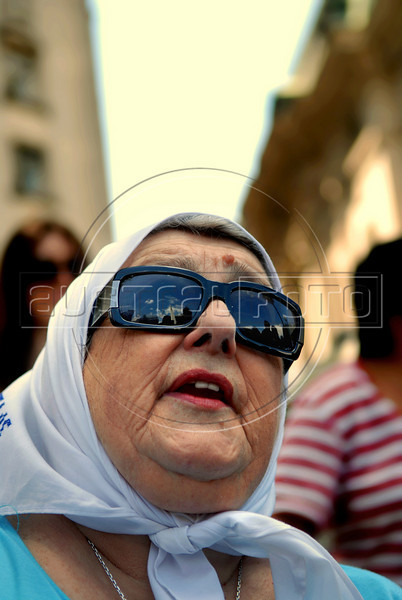 Hebe de Bonafini, leader of human rights group 'Mothers of Plaza de Mayo',  protests in Plaza de Mayo square, outside the government house, Buenos Aires, Argentina,  December  25, 2008. Protesters demanded to know the whereabouts of their relatives who were detained and disappeared during Argentina's dictatorship 25 years ago, and justice during trials for those responsible for human rights crimes.  The human rights group 'Mothers of Plaza de Mayo' completes today 1600 Thursdays marching in the Plaza de Mayo demanding justice. (Austral Foto/Renzo Gostoli)
