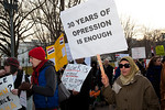 Several hundred demonstrators demanding that Egyptian President Hosni Mubarak vacate his office begin their march from the White House to Capitol Hill in Washington DC on Friday, February 4, ...