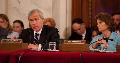 Chairman Jeff Bingaman (D-NM) and Sen. Lisa Murkowski (R-AK) hear testimony of oil executives appearing before the U.S. Senate Committee on Energy and Natural Resources investigating the recent oil spill in the Gulf of Mexico . On Capitol Hill in Washington DC, Tuesday, May 11, 2010 (Photo by Jeff Malet)
