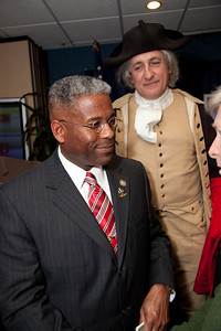 "Congressman Allen West (R-FL) speaks to conservative activists in what organizers called the ""first Tea Party town hall"" on Tuesday, February 8, 2011 at the National Press Club in Washington DC. The event was sponsored by Tea Party Express and Tea Party HD. J R Manship as George Washington in background.  (Photo by Jeff Malet)"