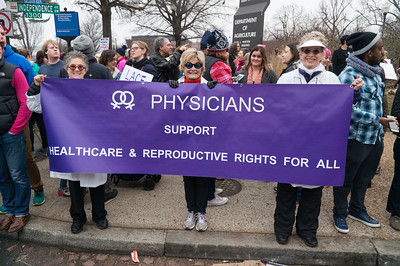 "Doctor says ""we need health care for women and all people!"""