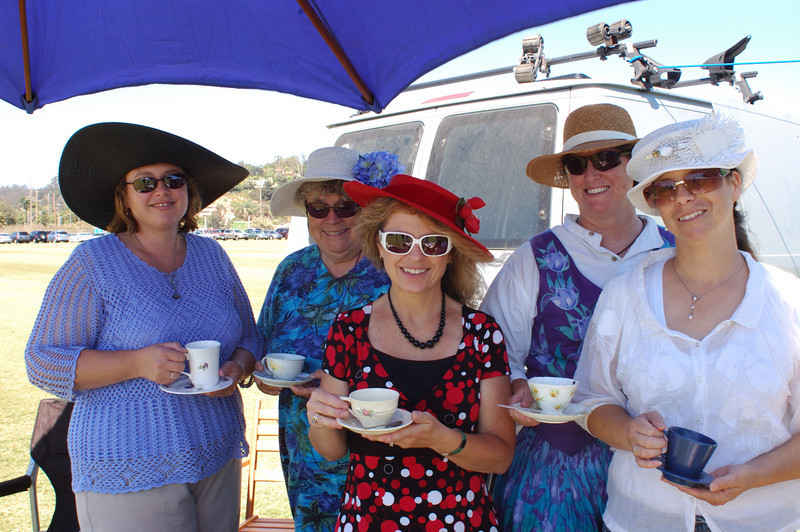 Beth Roseman and Friends - Tea Time
