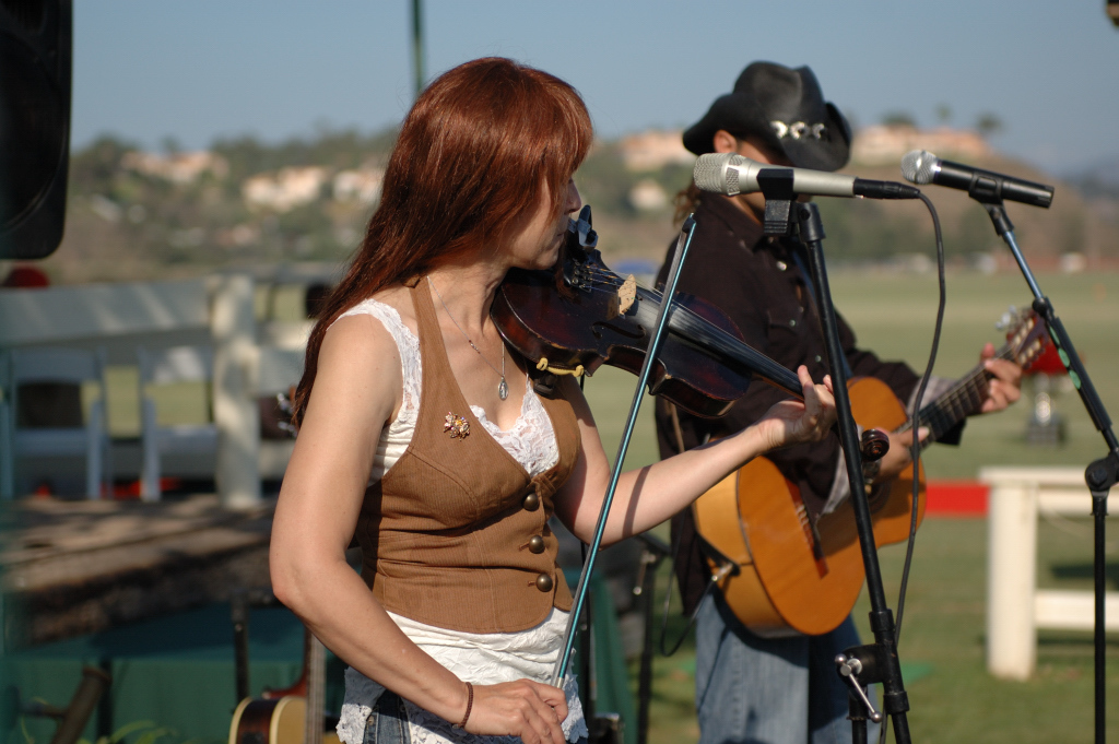 """SKELPIN  New World Irish Music<br /> <br /> Featuring Patric on the Fiddle and David on the Guitar.<br /> <br /> For bookings call: 858-231-6532<br />  <a href=""""http://www.SKELPIN.com"""">http://www.SKELPIN.com</a><br /> skelpin@skelpin.com<br /> <br /> Maldonado Music  The Fire and Passion of Spanish Guitar Music!<br /> David Maldonado Group<br /> bookings@maldonadonmusic.com<br />  <a href=""""http://www.maldonadomusic.com"""">http://www.maldonadomusic.com</a>"""