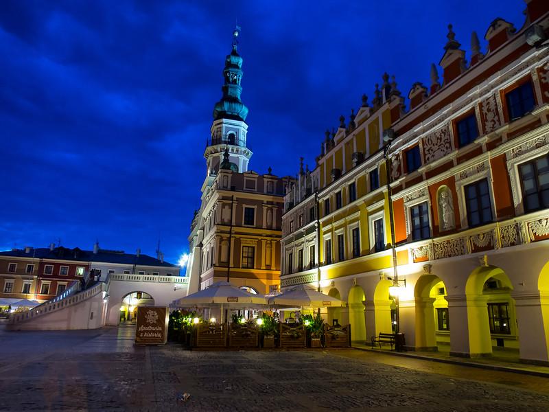 City Hall and the Main Market Square, Zamość, Polska / Ratusz i Glowny Rynek,  Zamość, Polska