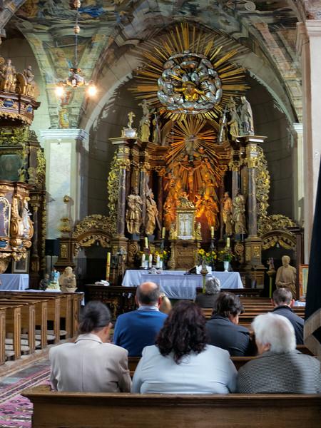 Chwalęcin: Sanctuary of the Holy Cross / Chwalęcin: Sanktuarium Podwyższenia Krzyża Świętego