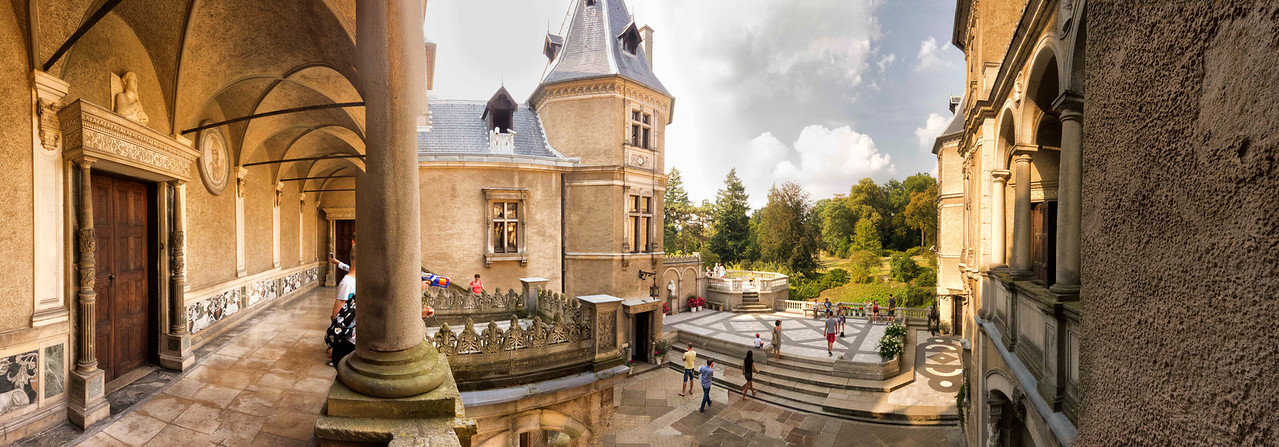 Zamek w Gołuchowie, Polska / Castle in Gołuchów, Polska