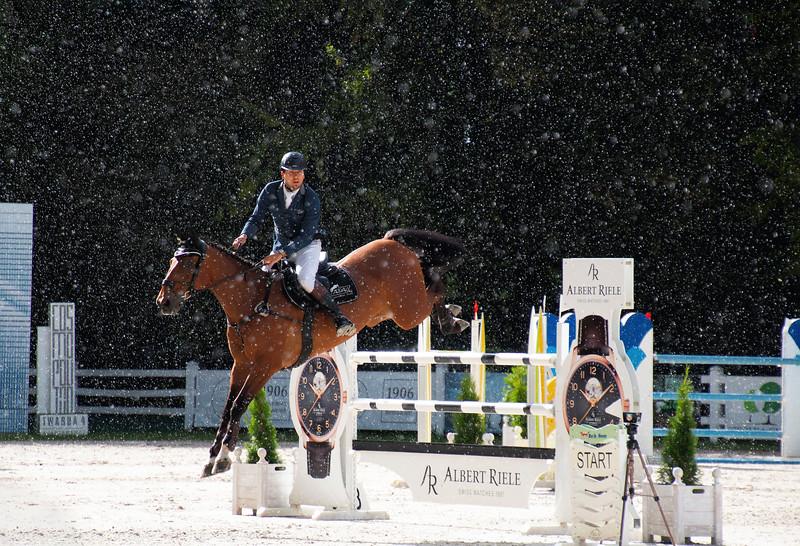 Jumping in the Rain / Skaczac w deszczu
