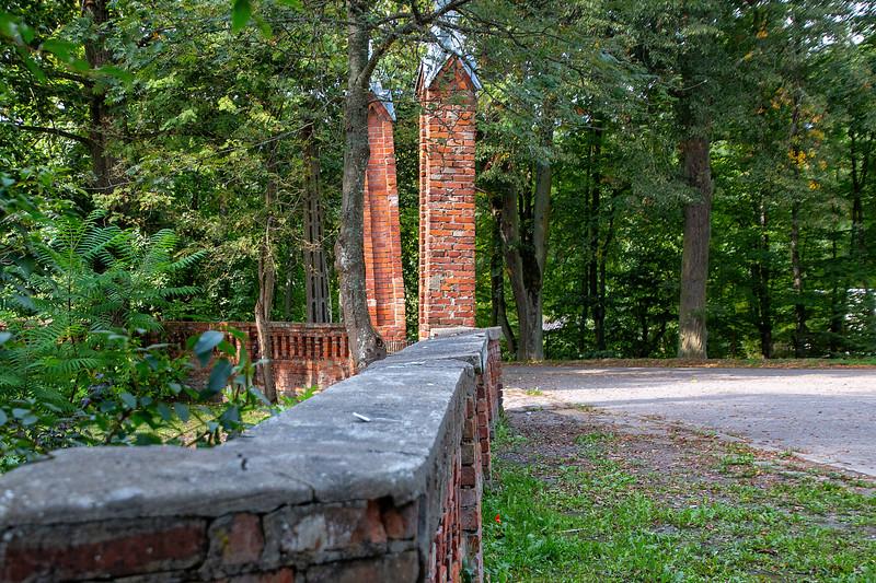 Palac Sorkwity, Polska