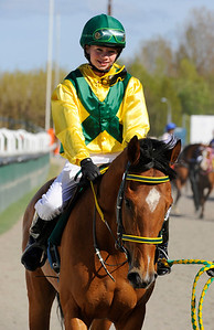Poker Face och Madeleine Jardby | DALVA DE OLIVIERA PONNYSERIE KAT D | Jägersro 120506 |  Foto: Stefan Olsson / Svensk Galopp